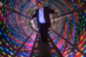 Sandro Del-Prete im rotierenden Tunnel