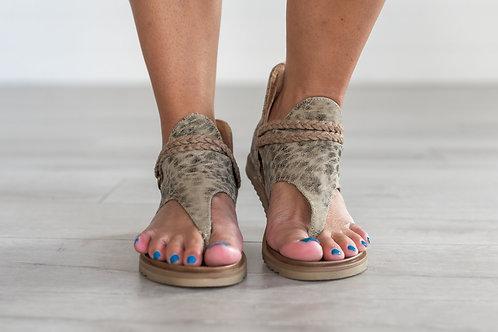 Sariah Leopard Print Sandals- Beige