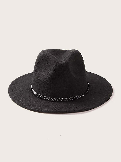 A Chic Chain Reaction Hat