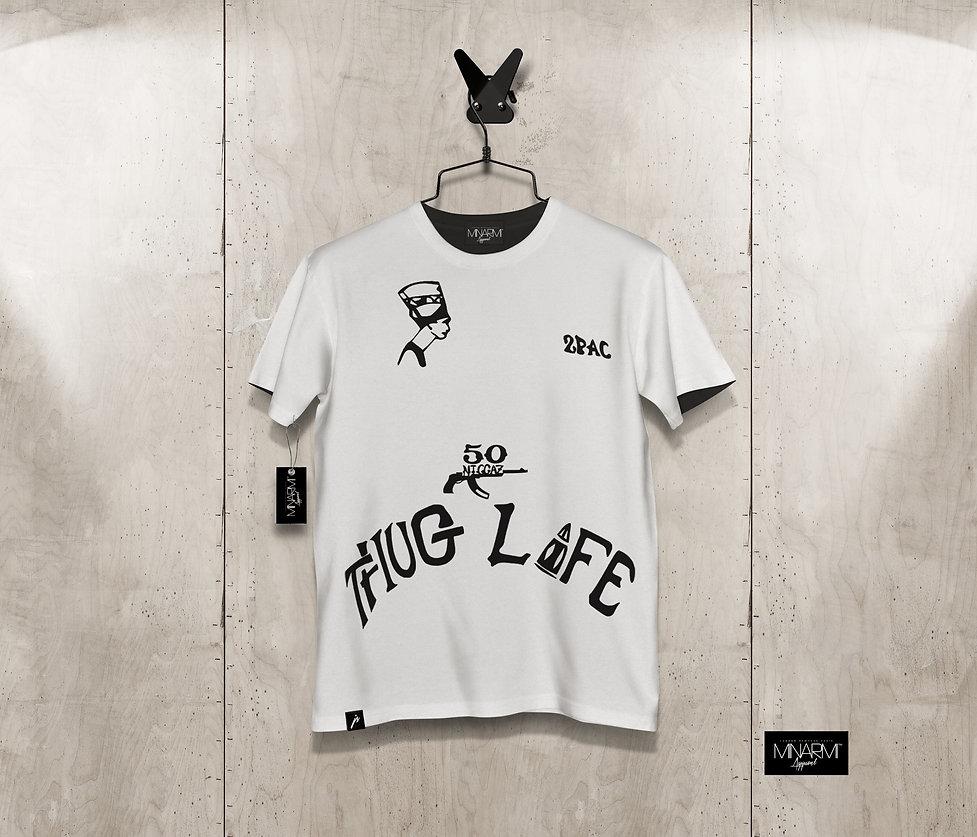 "2Pac ""THUG LIFE"" T-Shirt by Minarmi™"