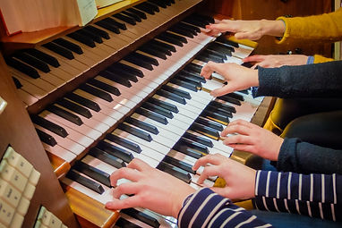 170319-Orgelhände-001 (1280x853).jpg