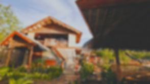 Voyage à Coron, le lodge Himulak composé de quatres maisons traditionnelles