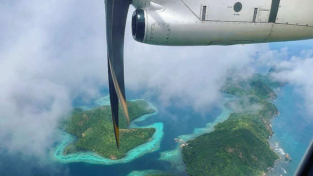 Hublot : mon siège préféré en avion. Vue aérienne îles à Palawan