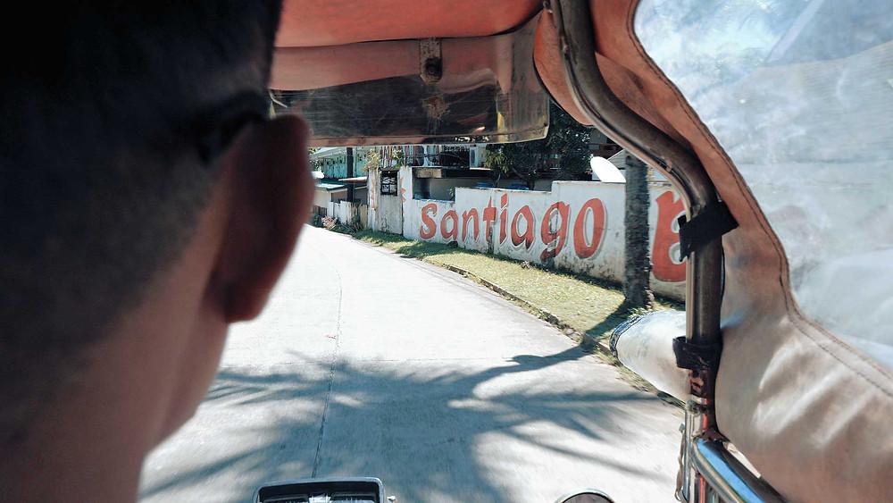Virée en tricycle à Santiago Bay sur l'île de Pacijan à Camotes
