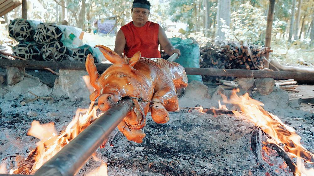 Il n'y a pas plus philippin que le lechon, ou cochon de lait rôti.
