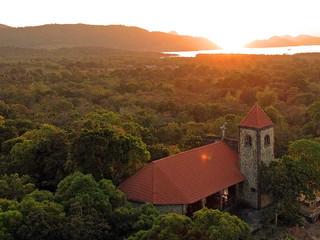 La chapelle de Malbato à deux pas du Lodge