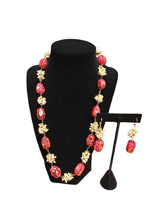 Contemporary Beads Necklace Set