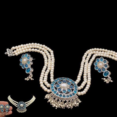 Elegant White Sky blue Necklace Set