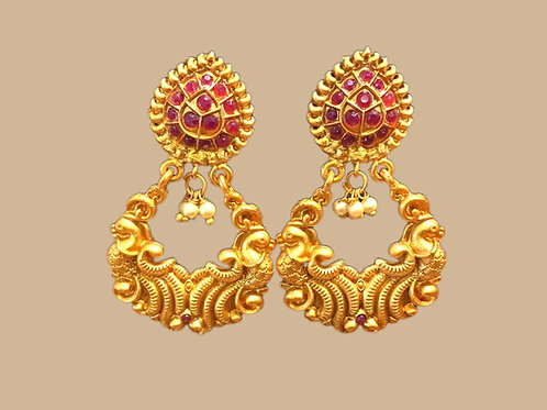 Pretty Pink Chandbali Earring