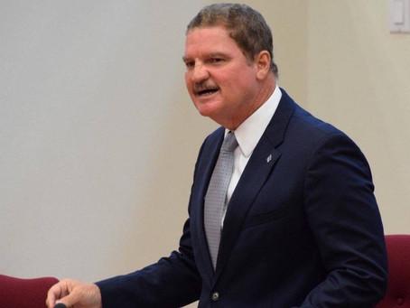 Dos partido di coalicion cu menos voto a trata di evita debate riba presupuesto 2021