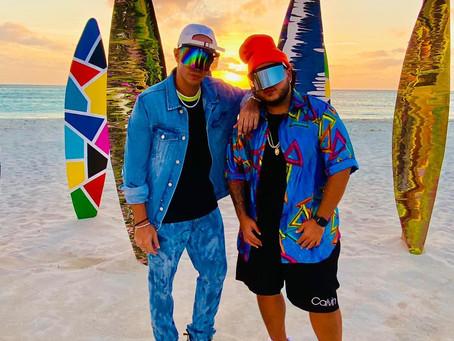 Carlos Arroyo y Jeon grabando na Aruba