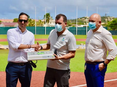 A haci entrega di un Scoreboard Digital nobo na Compleho Deportivo Crismo Angela y Nadi Croes!
