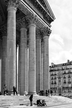 06 . Paris