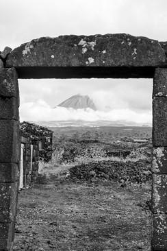 16 . Ilha do Pico