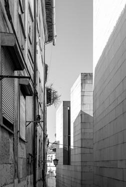 27 . Coimbra
