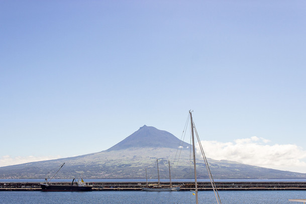 13 . Ilha do Faial