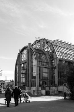 09 . Paris