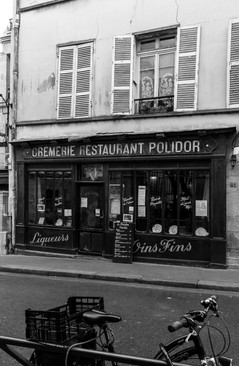 05 . Paris