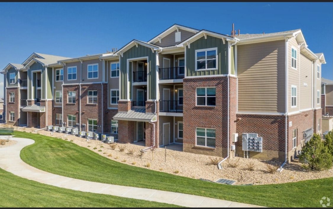 Larkridge Apartments