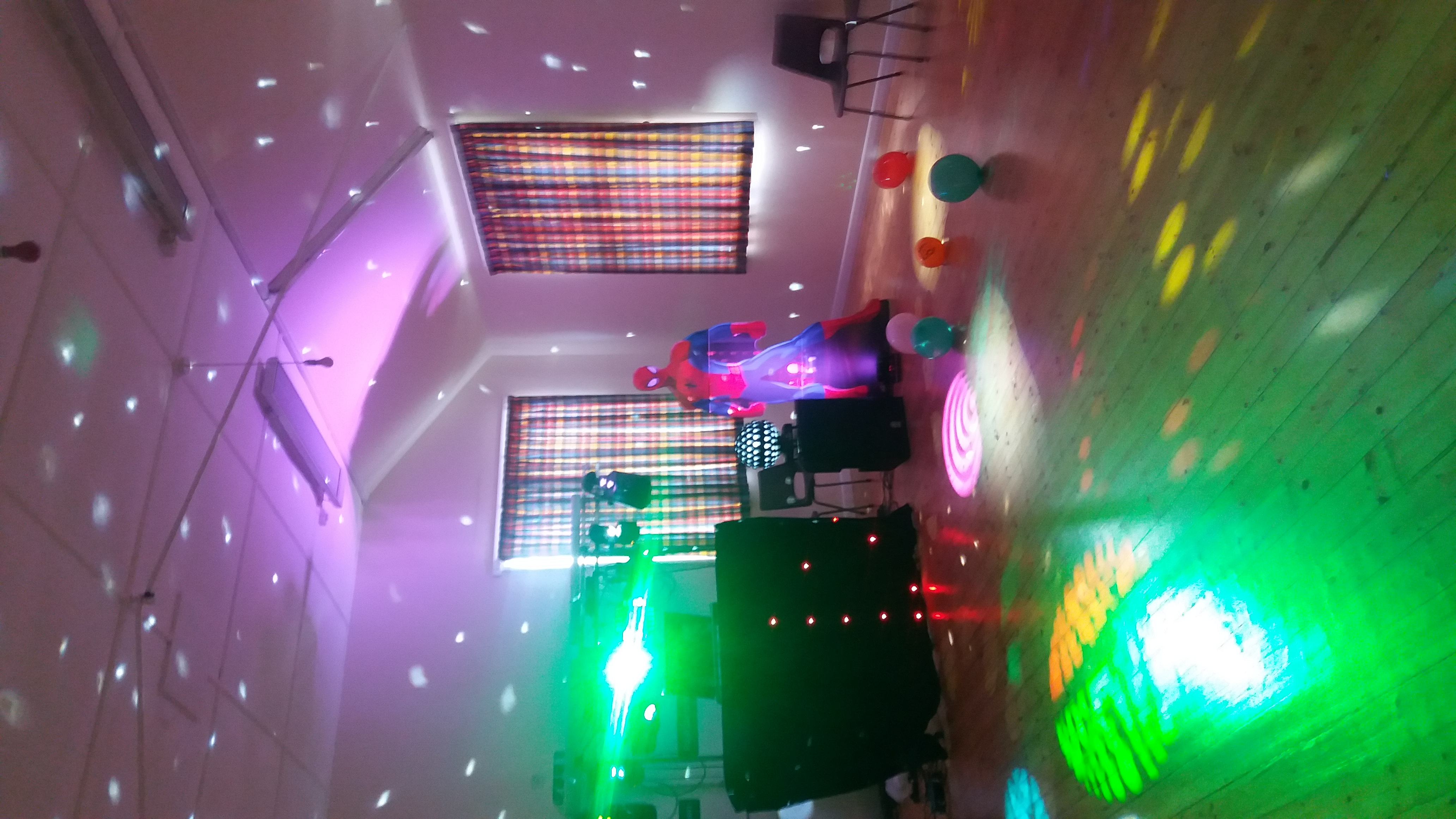 Bertie Bassetts Disco show