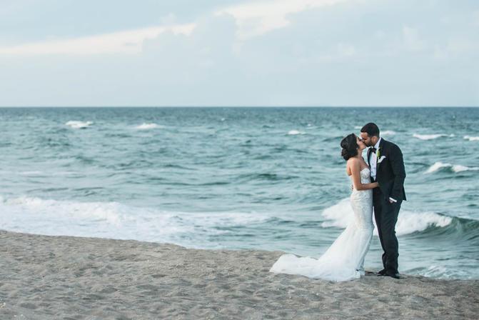 West Palm Beach FL Wedding Photography © Caroline Martin Wedding Photography