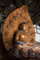Byodu-In-Temple-Oahu-Hawaii-42.jpg