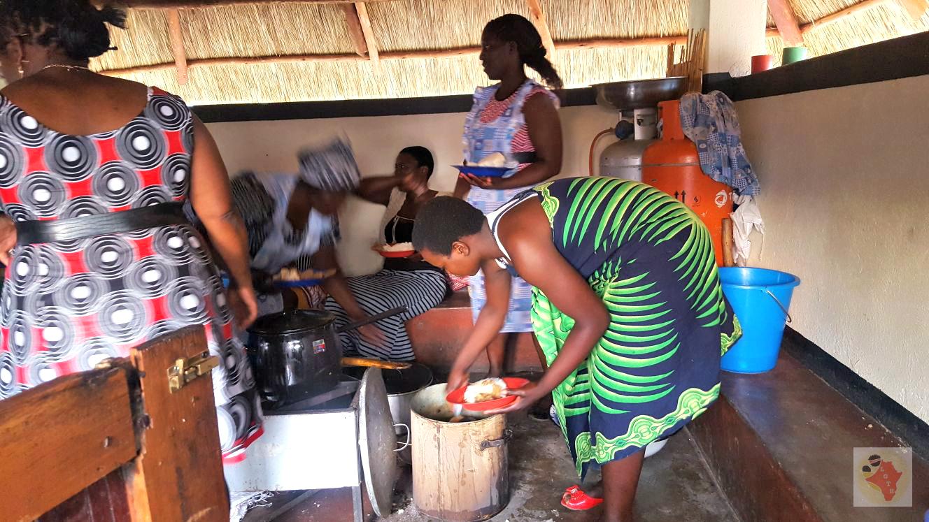 Volunteer team preparing food