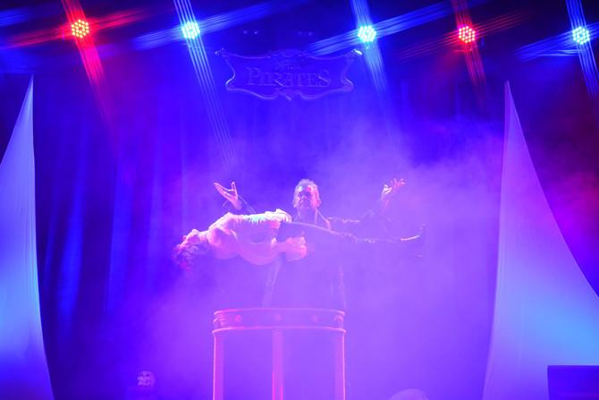 29 Mars 2015 - 16 heures - A Woustviller à la salle W - le grand spectacle des Magic Pirates, en exc