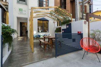 H2C transforma casinha de bairro no café Da Feira ao Baile, da chef Roberta Julião