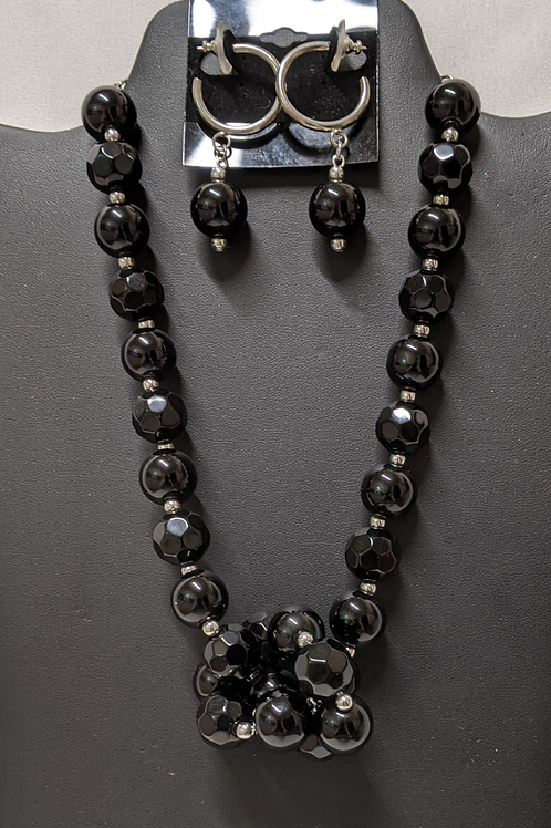 Black Knotted Center Necklace set