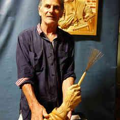 Denis Grosset