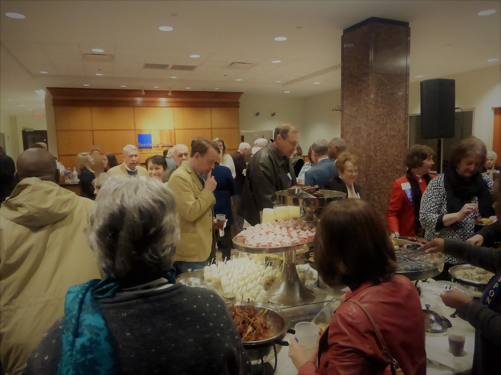2018 Showcase reception crowd at food.JP