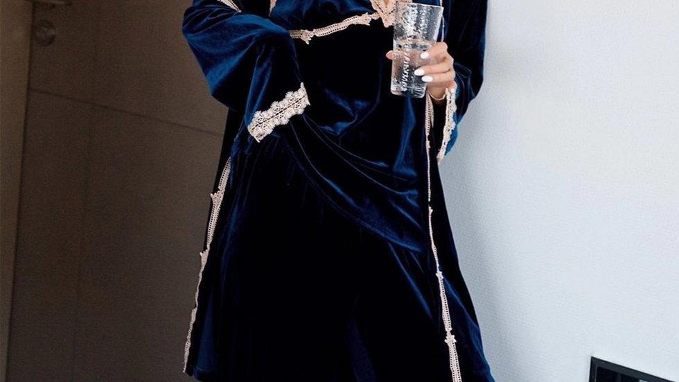 Gretchen 3pc robe set