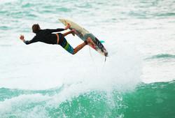 Surf W12 790x536