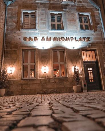 Bar_am_Kirchplatz_außen.jpg