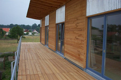 Terrassenbelag aus Holz Grünefeld