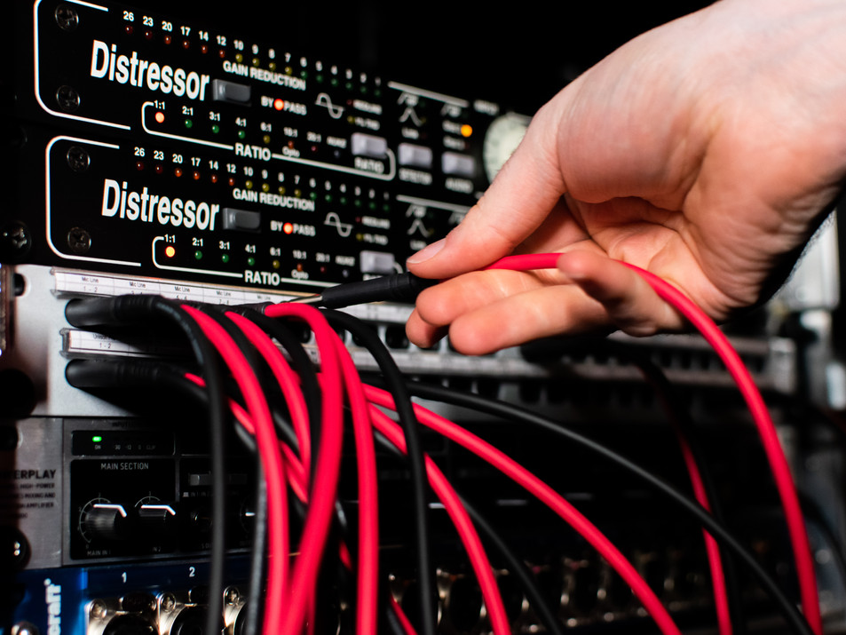 Ridenour Stereo Empirical Labs Distressors and Patchbay