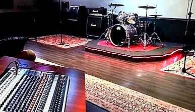 Markee Live Room