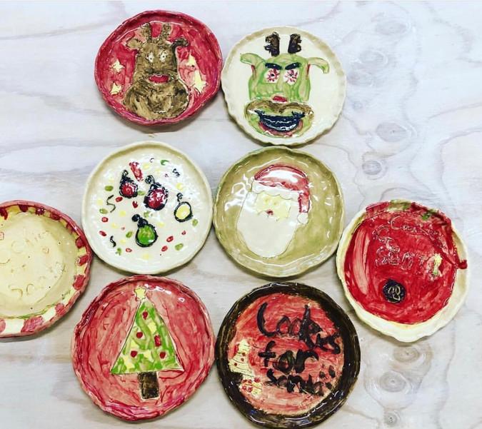 Christmas Plates for Santas Cookies