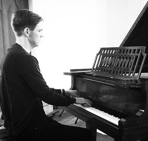London pianist - Trevor Wensley
