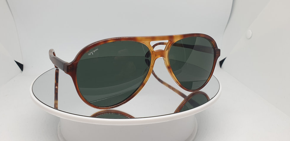 Vintage B&L Ray-Ban Traditionals Style A