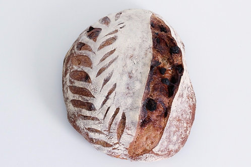 Fig and walnut levain