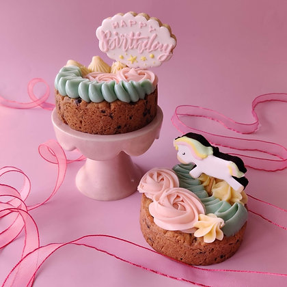 Mini Themed Cake +  Cookie
