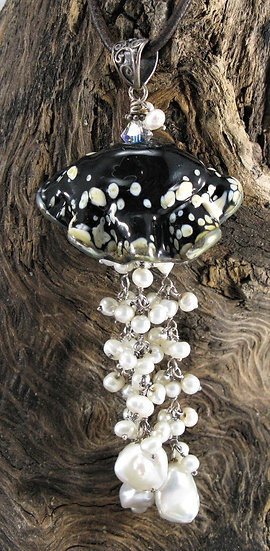 Jelly fish Black and Ivory