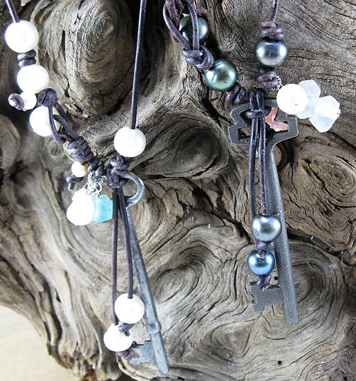 Beachy Key Leather and Pearl Necklace