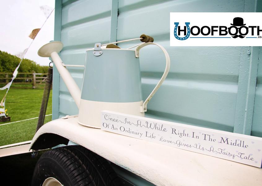 horsebox photobooth decoration