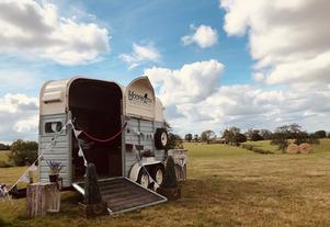 Emma & Adrian - Home Farm Events in Braunston