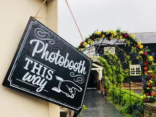Omi & Flori - Milling Barn Photobooth
