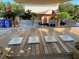 4_Une_table_des_prix_généreusement_fou