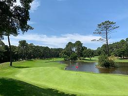 TPC 2021 Seignosse 2 Le green du 17 du très joli golf de Seignosse..jpg